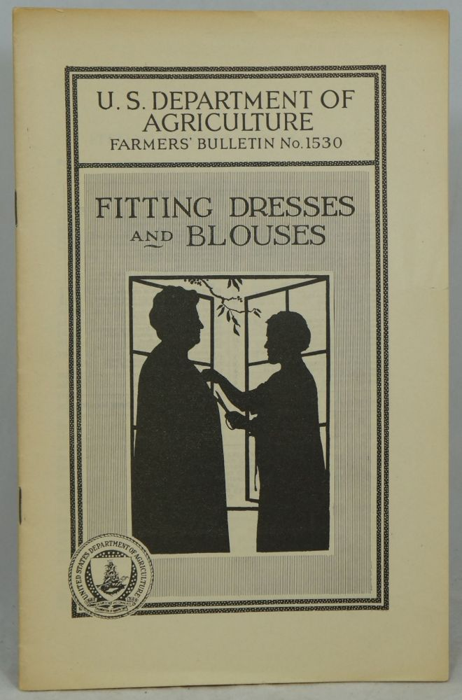 Fitting Blouses and Dresses (Farmers' Bulletin No. 1530)