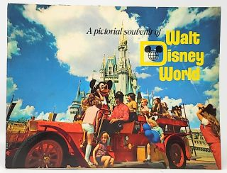 A Pictoral Souvenir of Walt Disney World